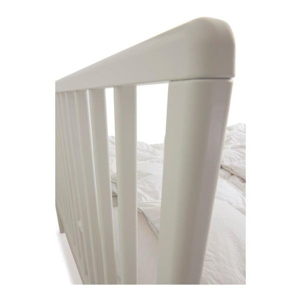 Bílá ručně vyráběná postel z masivního březového dřeva Kiteen Melodia, 160x200cm