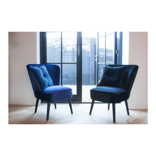 Modrá židle ze dřeva se sametovým potahem Leitmotiv Luxury