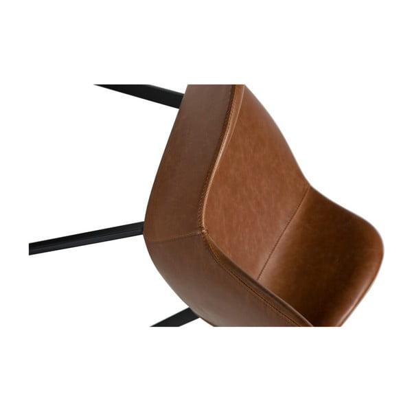 Světle hnědá koženková jídelní židle s područkami DAN-FORM Denmark Hype