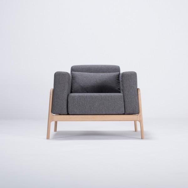 Fotel z konstrukcją z drewna dębowego z ciemnoszarą tekstylną poduszką Gazzda Fawn
