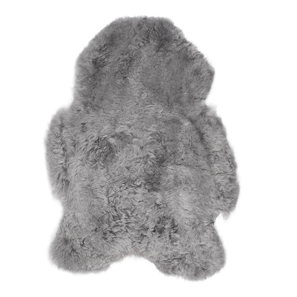 Šedá ovčí kožešina s krátkým chlupem, 100 x 60 cm