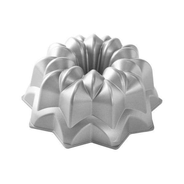 Forma na babkę w srebrnym kolorze Nordic Ware Star, 2,4 l