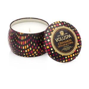 Lumânare parfumată Voluspa, aromă de scorțișoară, chihlimbar și rășină, 25 ore