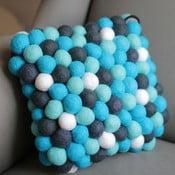 Ručně vyrobený kuličkový polštářek Santorini