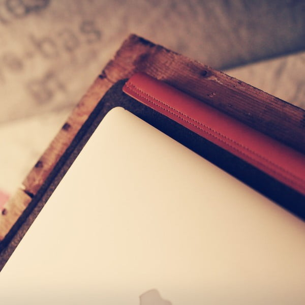 Obal na Macbook Air 13, hnědý